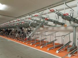 Конструкция велопарковки очень проста в эксплуатации
