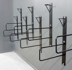 Скоба для хранения велосипеда на стене