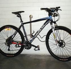 Крепление для велосипеда у стены Хитч